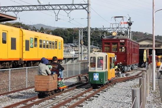 ⑯ミニ電車