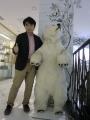 ナチュラシベリカの白熊君と筆者