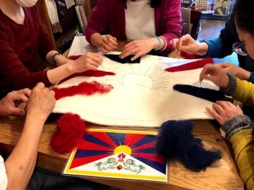 2019:3:17チベット国旗創り2