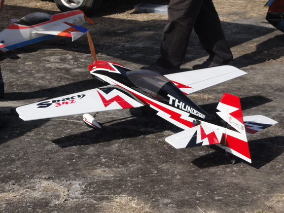 模型飛行機の製作・修理・空撮・動画のUPで楽しんでいます。
