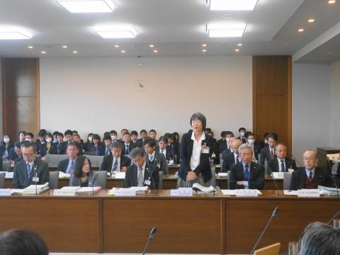 平成31年3月14日「保健福祉医療委員会」議案修正動議④ (1)