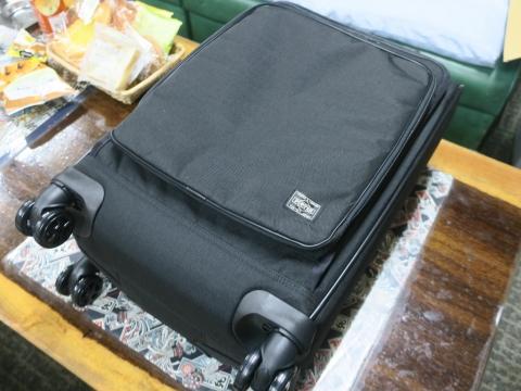 「吉田カバンPOTERのトローリーバックを買いました!」 (7)