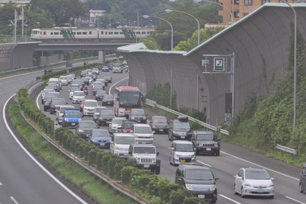 2018年8月12日 JR東日本横浜線 十日市場~長津田 185系B3編成