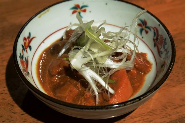 1900306-鉄板焼鶏くちばし-06-S