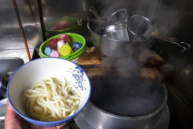 1900323-宮川製麺所-09-S