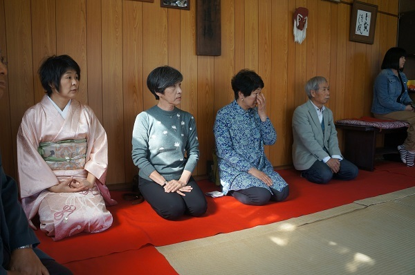 今回の主役のお茶碗を指導して下さった陶芸家・清水氏ご夫妻も足を運んでくださいました