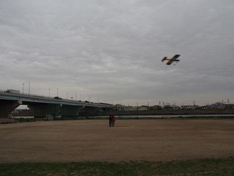 P1010182 飛んでる1
