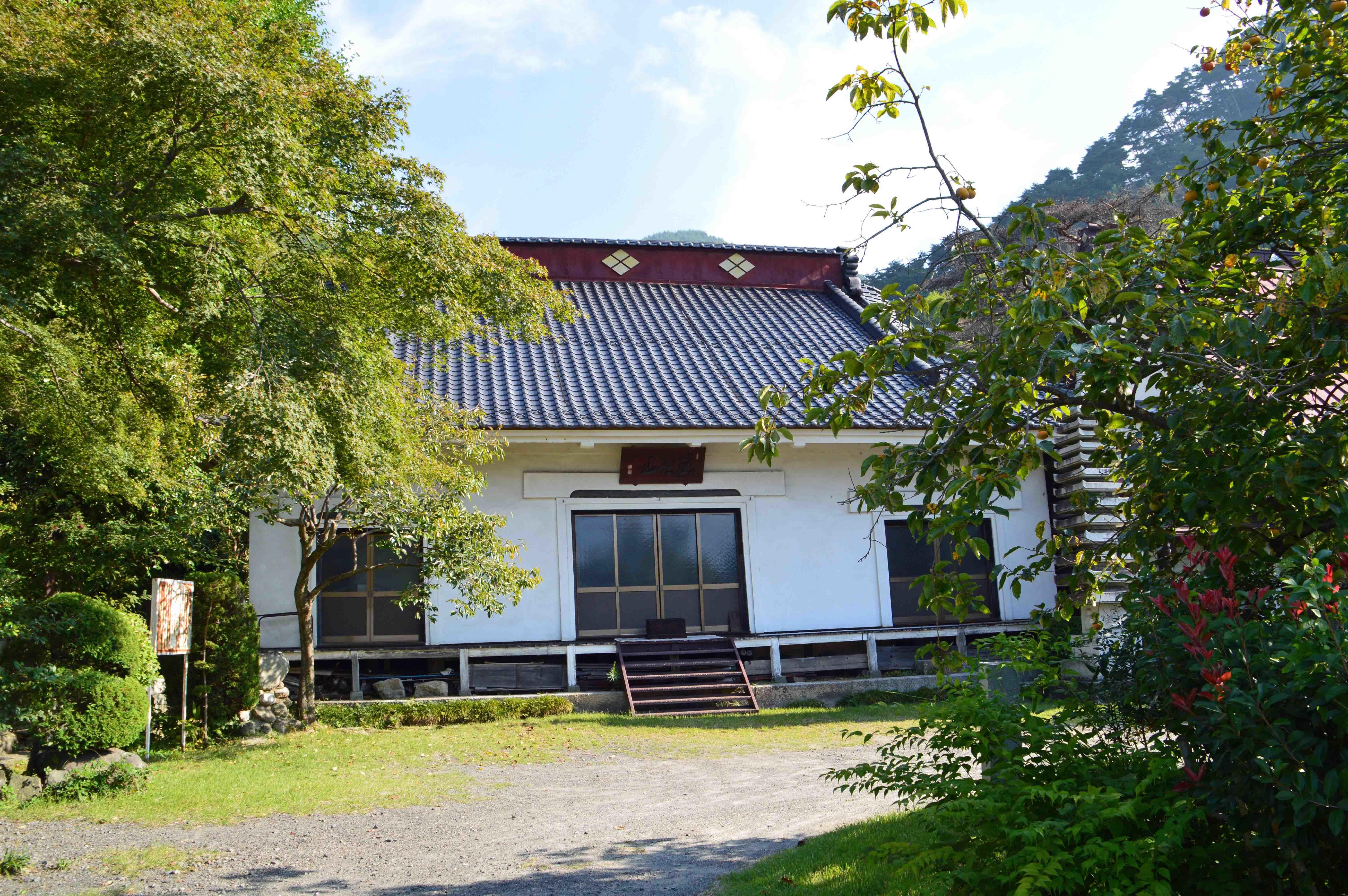 積翠寺本堂