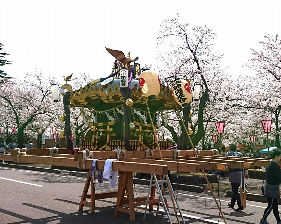 【百万人観桜会神輿】-1